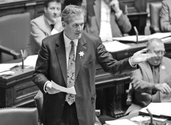 Conservative leader Brian Pallister chooses to ride anti-PST wave.