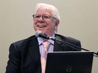 Pulitzer Prize-winning journalist Carl Bernstein, who helped break the Watergate scandal, offers words of wisdom during the Holding Power to Account conference at the University of Winnipeg on Friday.