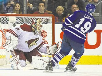 Joffrey Lupul seals the Coyotes' fate Thursday.