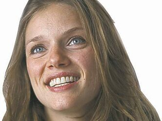 Tracy Spiridakos  still drops by and pitches in at the family restaurant.