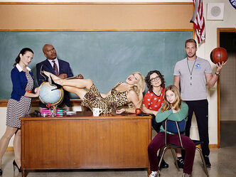 From left, Kristin Davis, David Alan Grier, Ari Graynor, Sara Gilbert, Sara Rodier and Ryan Hansen.