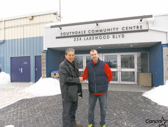 Coun. Dan Vandal (left) and Southdale CC president Todd Thornton.