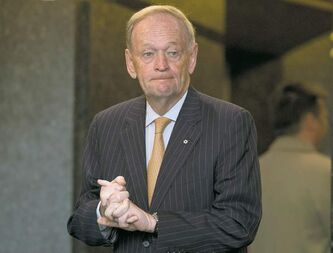 Jean Chretien liked the idea of swearing allegiance to Canada, not the monarch, one of his cabinet ministers reveals.