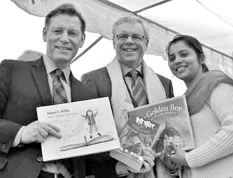 Supplied photo Premier Greg Selinger (centre) with the U of W's Terry Duguid and Kuljit Bhattal.