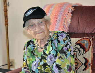 Lorna Best, 110, will become the oldest Manitoba-born person later this month.