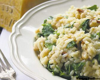 White bean risotto with  sun-dried tomatoes, spinach  & parmesan