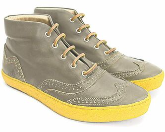 Wynn hightop sneaker in olive