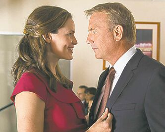 Jennifer Garner and Kevin Costner.