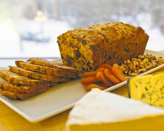 Date and nut loaf served with cheese