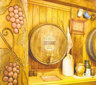 The Hobbiton tour ends at the Green Dragon Inn with a special brew of cider or beer.