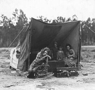 A pea pickers' camp in 1936.