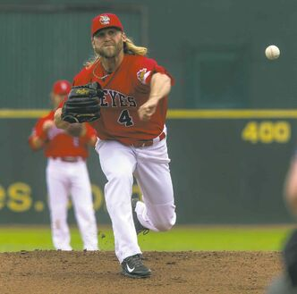 Super southpaw Chris Salamida went eight-plus strong innings Sunday, but came away with no decision.