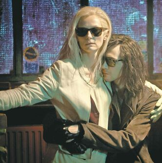 Swinton and Hiddleston in Only Lovers Left Alive