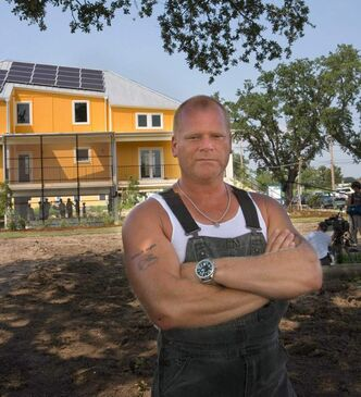 TV contractor Mike Holmes will be in town later this month.