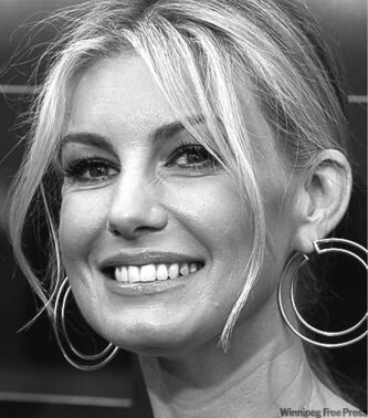 Singer Faith Hill