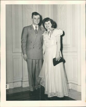 <p>Jeannette with husband Ross. Their marriage lasted 56 years, until his death in 2009.</p>