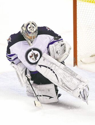Jets goalie Ondrej Pavelec stopped 38 of 40 Florida shots Friday night.