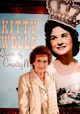 Music pioneer Kitty Wells has died at the age of 92.