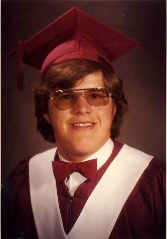 Gabe Langlois graduated from Glenlawn Collegiate in 1981.