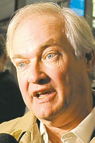 Donald Fehr, executive director of the NHL Players' Association, speaks to the media following talks after meeting with the NHL, Friday, Nov. 9, 2012, in New York. The league and the players' association met Friday for the fourth straight day and fifth time in seven days, trying to reach an agreement to end the lockout. (AP Photo/Louis Lanzano)