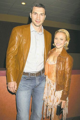 In this photo released by Starpix, actress Hayden Panettiere  and boxer Wladimer Klitschko arrive at a Tribecca Film Festival screening of �Hoodwinked Too! Hood vs. Evil, Saturday, April 23, 2011 in New York. Pantettiere stars in the animated film. (AP Photo/Starpix, Davre Allocca)