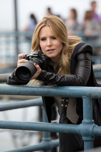 Kristen Bell  takes Veronica Mars to the big screen.