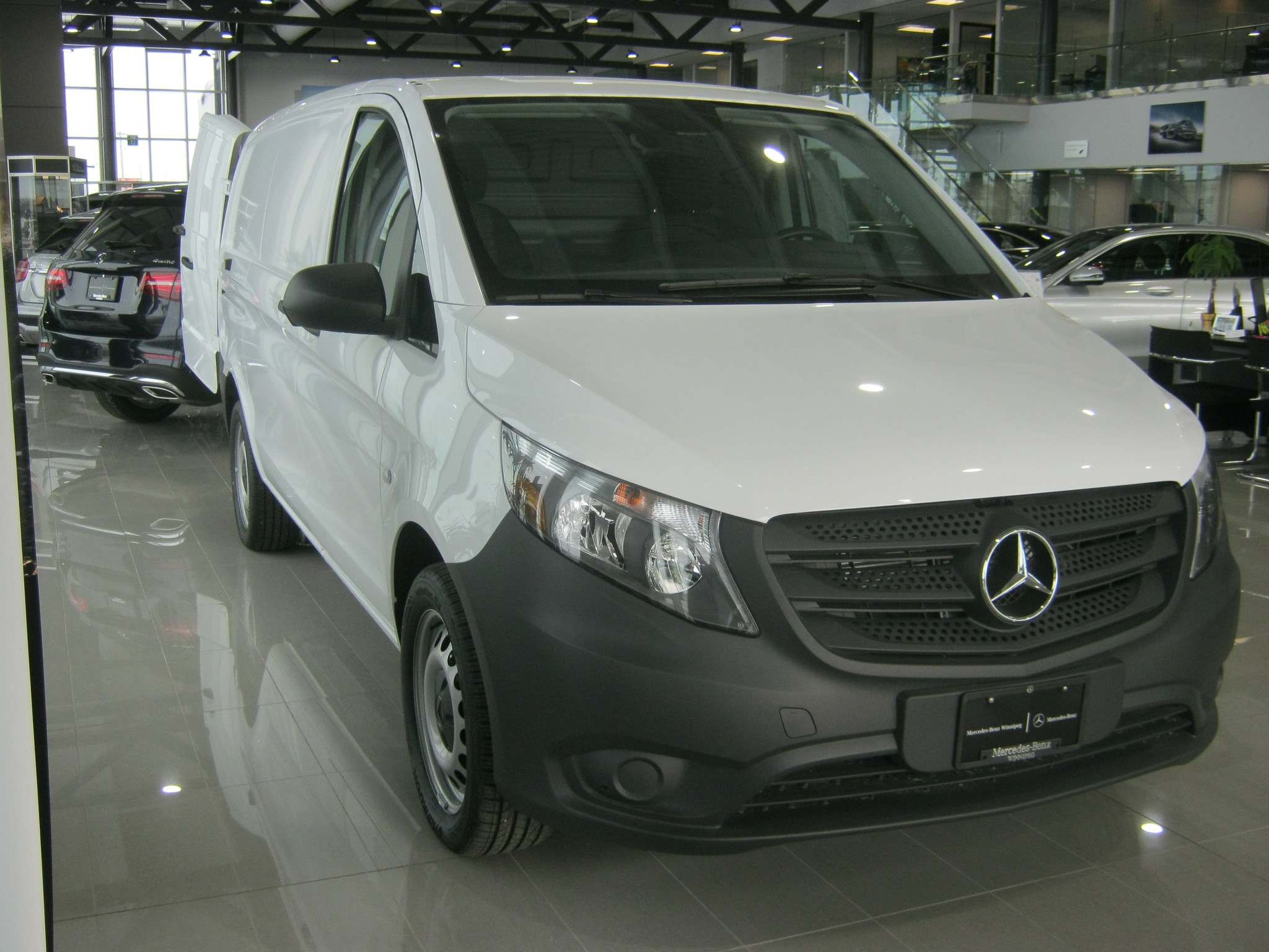 Myron Love / Winnipeg Free PressThe new Mercedes-Benz Metris can be adapted for commercial or passenger use.