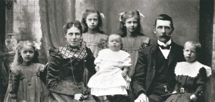 Johan Andersson was a financially secure farmer in Sweden, but he and his wife Alfrida decided to move with their five children to Winnipeg. The entire family died on the Titanic.
