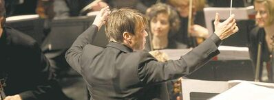 It's been seven seasons for WSO music director Alexander Mickelthwate.