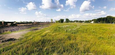 PHIL HOSSACK / WINNIPEG FREE PRESS archives There's not much tax revenue coming in from this vacant piece of land (the former Fort Rouge Rail Yards) adjacent to the city's rapid-transit corridor in south Winnipeg.