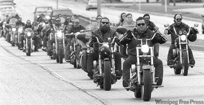 KEN GIGLIOTTI / WINNIPEG FREE PRESS ARCHIVESThe funeral procession for longtime Los Brovos member David Boyko in 1996.