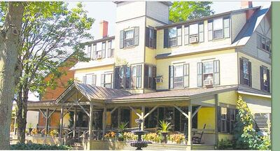 Above, the  Norwich Inn in Norwich,  Vermont.