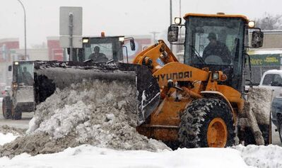 An army of snow clearing contractors will be on Winnipeg streets to clean up a large amount of snow expected to hit the city over the weekend.