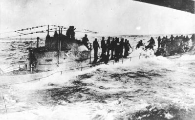 From the book, The First World War: A Photographic HistorySurrender of a German submarine to the U. S. Destroyers, Fanning and Nicholson.Winnipeg Free Press Archives