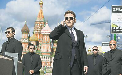 Kenneth Branagh (center) is Viktor Cherevin in JACK RYAN: SHADOW RECRUIT, from Paramount Pictures and Skydance Productions.JR-02811