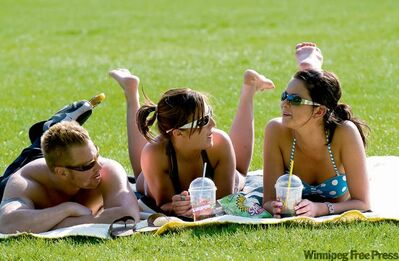 Experts debate whether the risk posed by exposure to the sun is greater than the risk posed by some chemicals found in many sunscreens.
