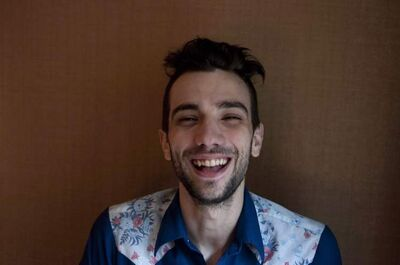 Jay  Baruchel prefers acting to standup comedy.