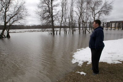 The Marine Museum of Manitoba's Shaylene Nordal keeps a close eye on rapidly rising waters.