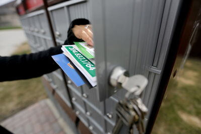 Residents in some Winnipeg neighbourhoods have received a letter from Canada Post detailing the locations of new community mailboxes.