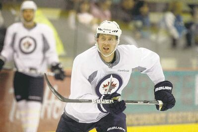 KEN GIGLIOTTI  / WINNIPEG FREE PRESSEric Fehr practises with his teammates Monday as the Jets prepare for their game against the Dallas Stars at the MTS Centre Wednesday.