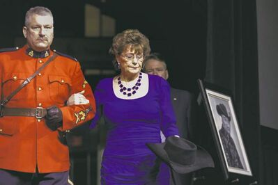 Chris Young / The Canadian PressLena Connors carries Stompin� Tom�s hat onstage.