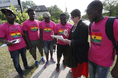 JOHN WOODS / WINNIPEG FREE PRESS</p><p>McPhedran signs a petition calling on the Ghanaian government to change its anti-LGBTTQ* policies.</p>