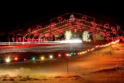 A canopy of hearts greeted vehicles at last year's Canad Inns Winter Wonderland. This year's wonderland is once again offering great Christmas fun at Red River Exhibition Park. It opened Dec. 6 and runs until Jan. 4.