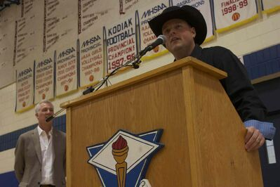 Country artist Gord Bamford speaks during the annoucement of River East Collegiate music teacher Jeff Kula as the MusiCounts teacher of the year.