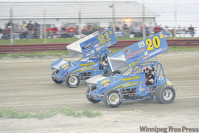Lou Kennedy Jr. (21), son Thomas Kennedy (20)  will race at Red River Co-op Speedway tonight.