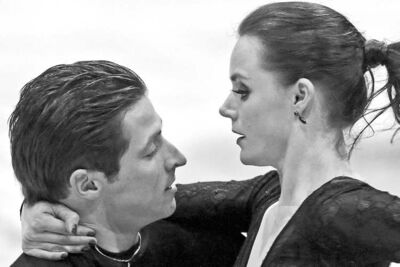 Chris Young / The Canadian PressTessa Virtue and Scott Moir compete in the free dance program on Sunday, executing their routine to �Carmen.�