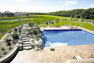 Aqua Tech gold winner in Vinyl Lined Pools with Automatic Covers category at 2012 Design & Construction Awards presented by Pool & Hot Tub Council of Canada.