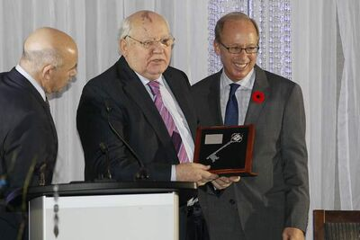 Former Russian president Mikhail Gorbachev receives the key to the city from Mayor Sam Katz at the Radisson Hotel Monday. Gorbachev is a speaker at We Day in Winnipeg.