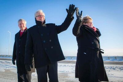 (Left) Prime Minister Stephen Harper, Manitoba Premier Greg Selinger and CentrePort Canada CEO Diane Gray came out to cut the ribbon at CentrePort Canada Way on Nov. 22.
