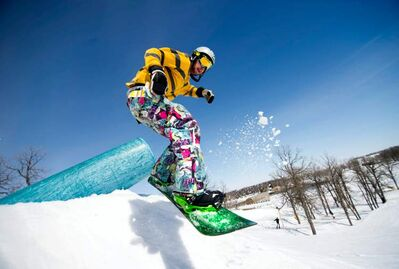 DAVID LIPNOWSKI / WINNIPEG FREE PRESS  Garett Turbett snowboards at Stony Mountain Ski Area, which was still open Saturday afternoon as this spring�s cool temperatures linger and the snow refuses to melt.